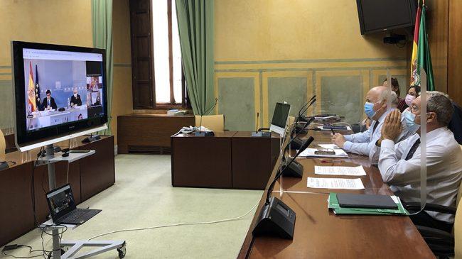 Andalucía pide al Gobierno directrices comunes y coordinación frente al Covid-19 de los universitarios