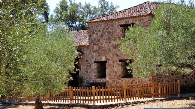 Secret Paradise Lodge