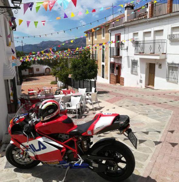 Biker Rally, Alpandeire