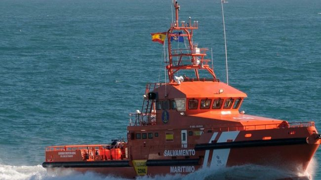 Lifeless body of man pulled from sea off beach on Spain's Costa del Sol