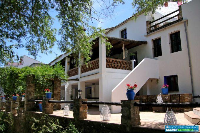 Casa del Río Boho-chic Retreat, Estacion de Cortes de la Frontera