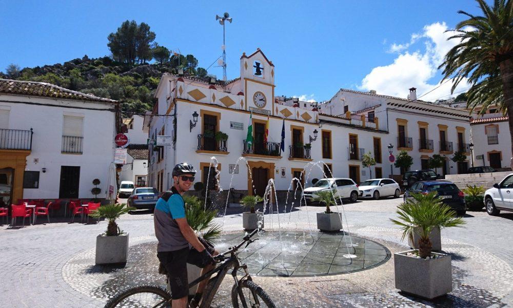 Biking to the Serranía's White Villages