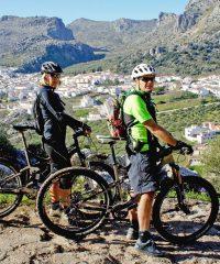 Camina y Monta en bici por la Sierra